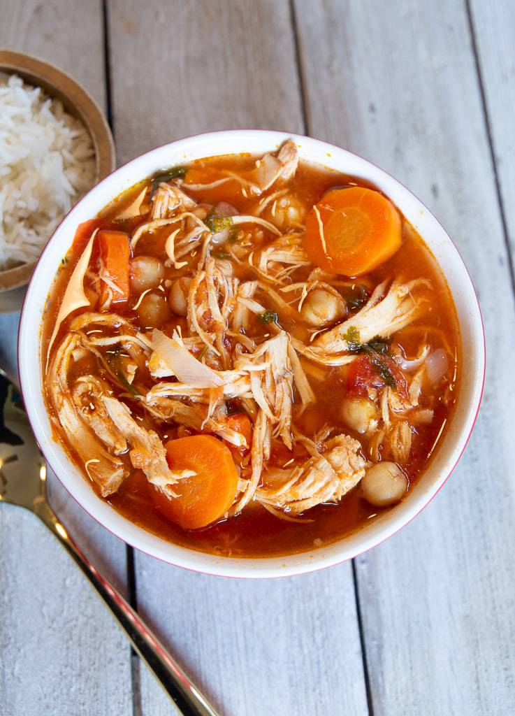 chicken and tomato soup with garbanzo beans and white rice