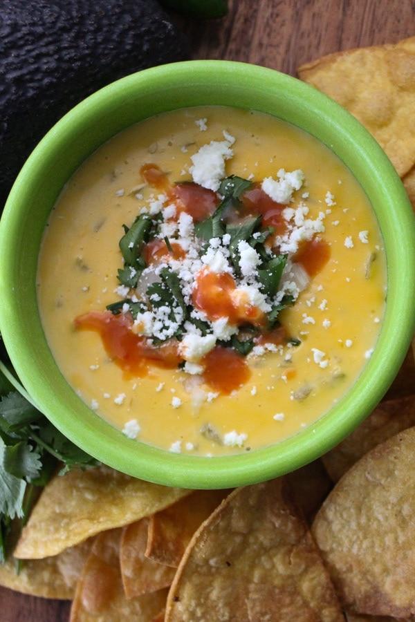 torchys taco cheese dip i green bowl