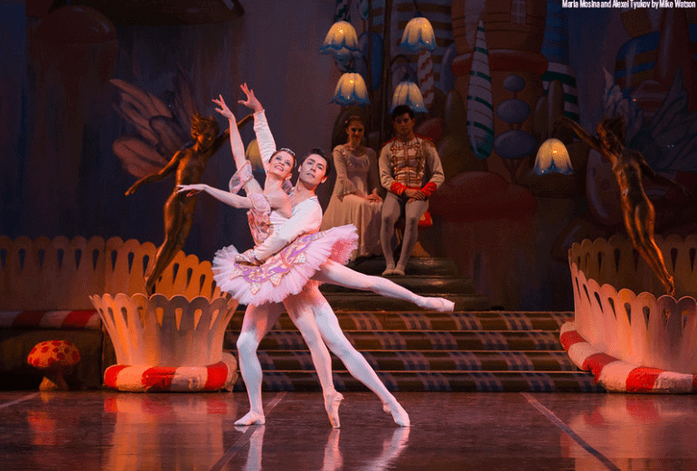 colorado ballet dancers performing the nutcracker ballet