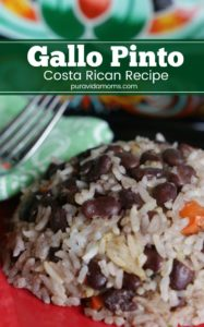 Costa Rican gallo pinto- the national dish and arguably the most memorable part of any Costa Rican vacation. Recreate the traditional Costa Rican gallo pinto recipe at home for the perfect breakfast or vegetarian side for any meal! #costarica #gallopinto #latinfood #breakfast #breakfastrecipes #comidatipica #vegetarian #vegan #vegeterianrecipes #veganrecipes