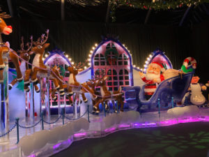Santa and reindeer ice sculpture at Gaylord Denver.