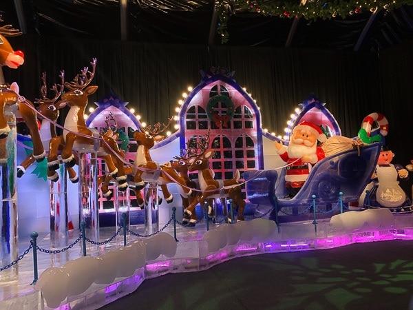 Santa and reindeer ice sculpture at Gaylord Denver.