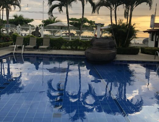 Paloma Blanca swimming pool in Costa Rica