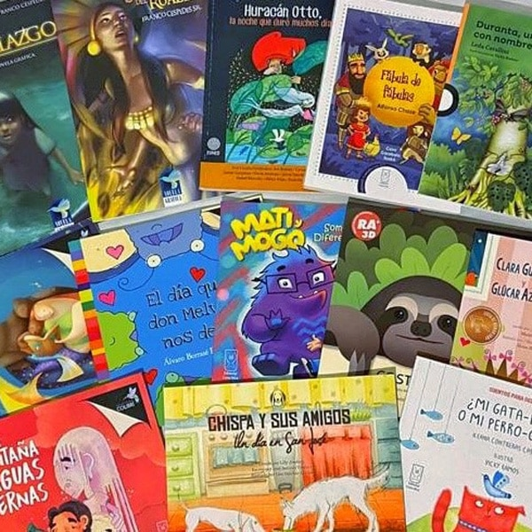 images of costa Rican books