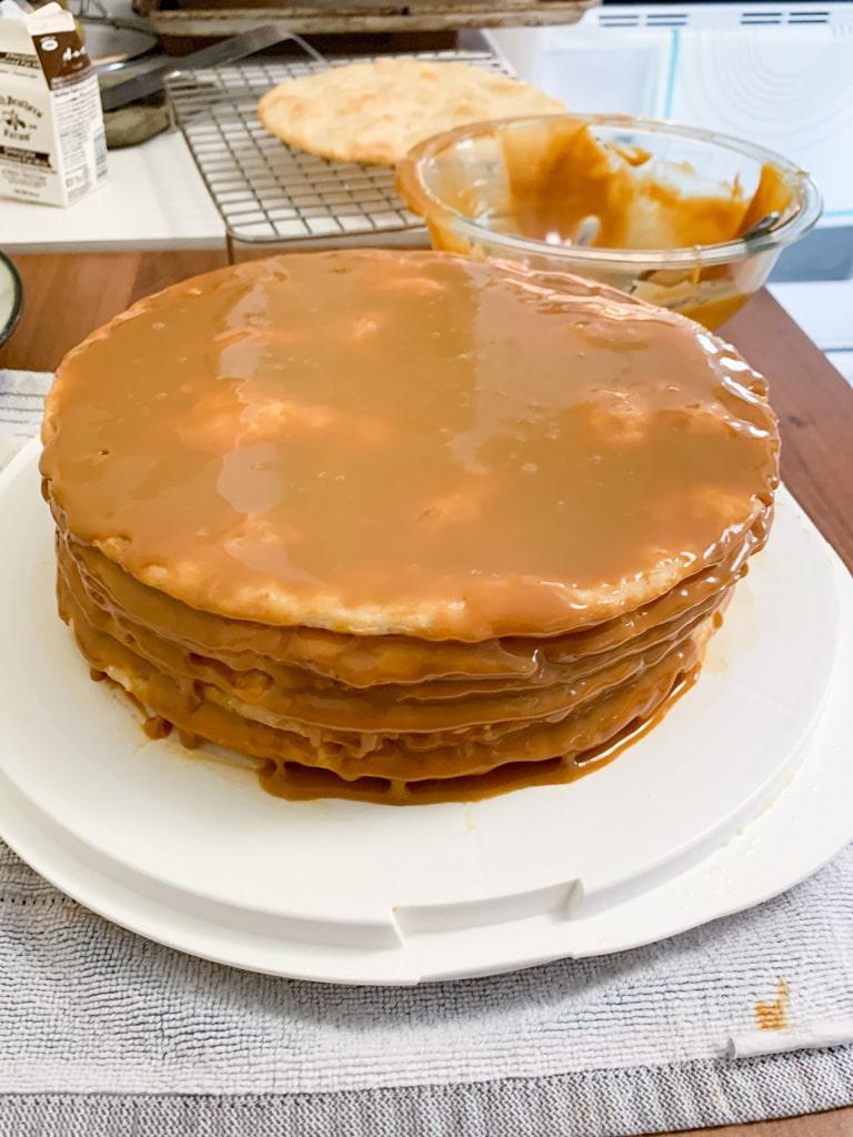 Torta Chilena Costa Rica cake on a white plate